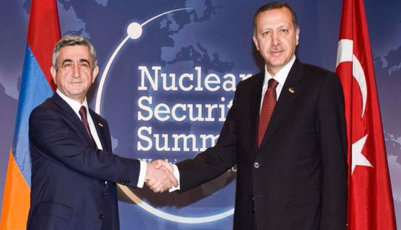 Photo: Meeting of Armenia's President Serzh Sargsyan and Turkey's Prime Minister Recep Tayyip Erdogan on the margins of the Nuclear Security Summit in Washington, April 12, 2010